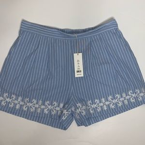Romeo & Juliet Couture Beach Striped Shorts M NWT